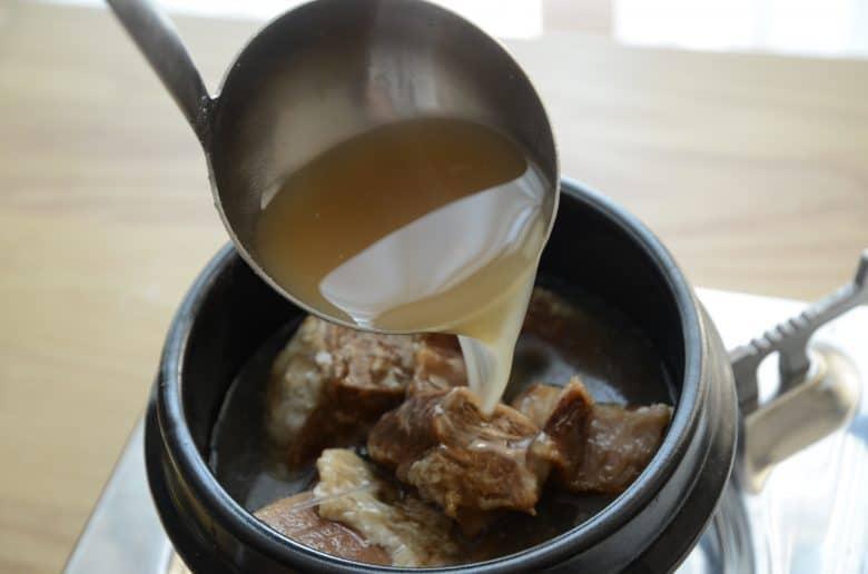 韓國美食-韓式牛排骨湯