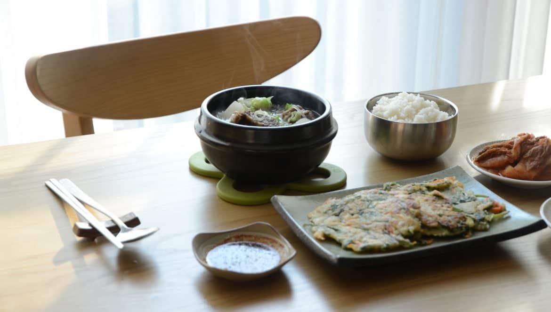 韓食飯桌-韓國人的飯桌上