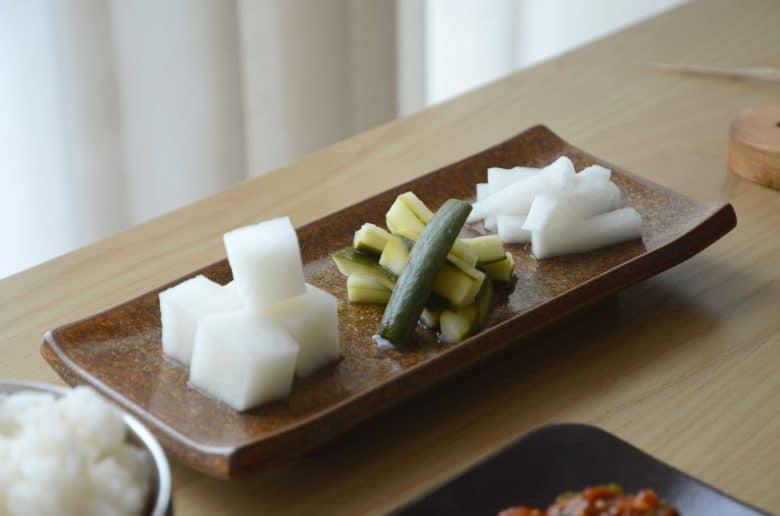 韓國烤肉配小菜
