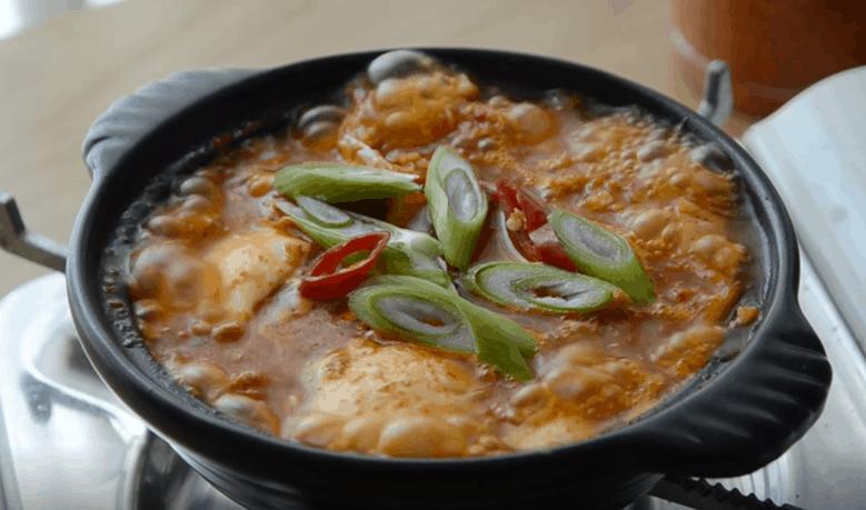 韓式料理嫩豆腐鍋