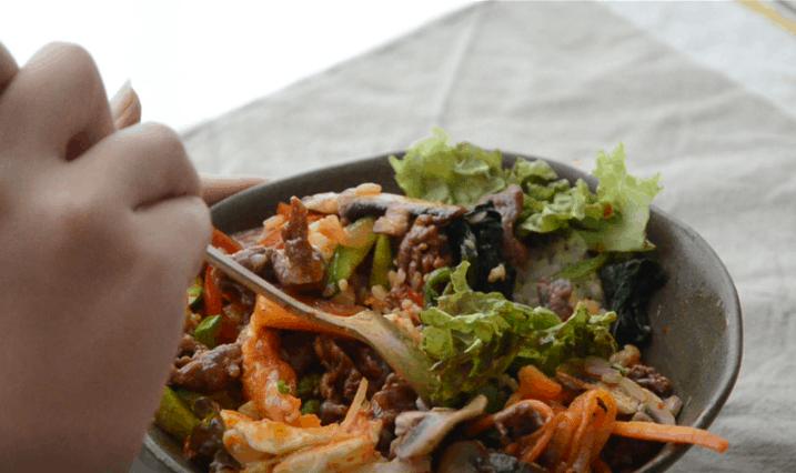 在家吃韓式拌飯