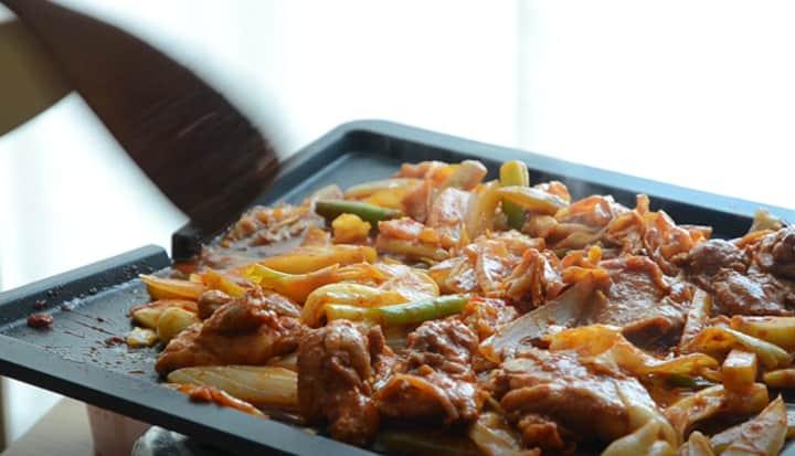 韓國美食-辣炒雞排
