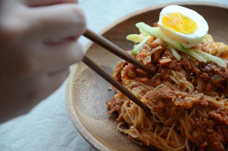 韓式辣鮪魚冷拌麵