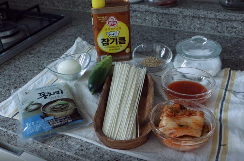 泡菜冷麵食材
