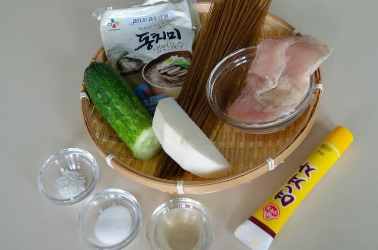 雞絲芥末湯冷麵食譜
